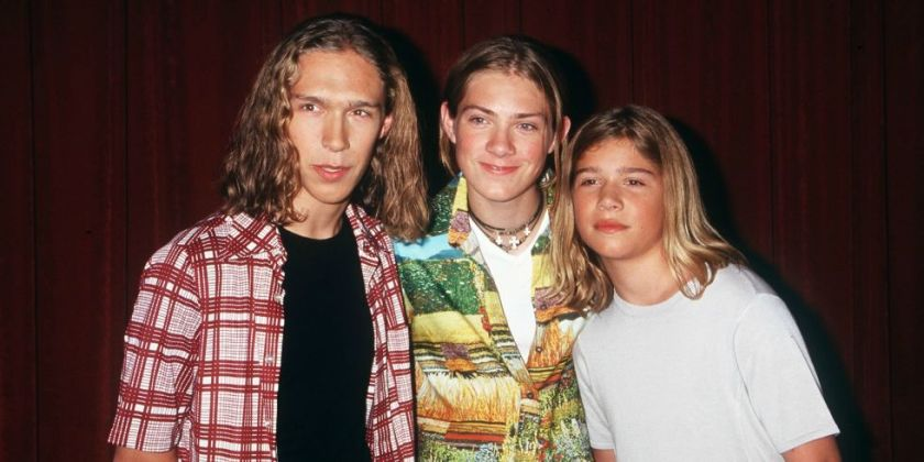 landscape-1445612820-hanson-brothers-1998